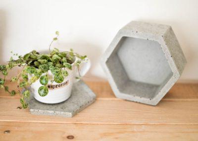 podtacek_betonovy